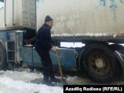 Bakı-Rostov yolunda qalan sürücü