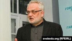 Владзимир Матскевич, сиёсатшиноси беларус