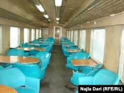داخل احدى عربات القطار