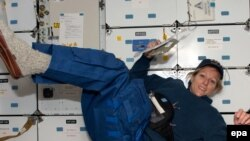 Astronaut Kay Hire