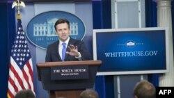 Пресс-секретарь Белого дома Джош Эрнест на брифинге