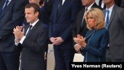 Президент Франции Эммануэль Макрон и его супруга Бриджит