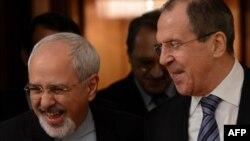 Иран сыртқы істер министрі Мохаммад Жавад Зариф (сол жақта) Ресей сыртқы істер министрі Сергей Лавровпен кездесуде. Мәскеу, 16 қаңтар 2014 жыл.