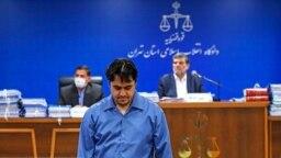 اعدام روحالله زم در روز ۲۲ آذر موجی از محکومیتها و همچنین خشم کاربران شبکههای اجتماعی را بهدنبال داشت.