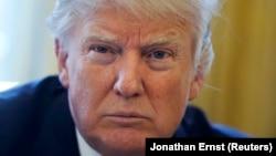 Donald Tramp: Džef Sešons je pošten čovek