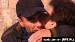 Ֆելիքս Գևորգյանը քրեակատարողական հիմնարկից ազատ արձակվելիս, արխիվ