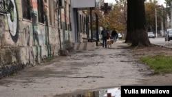 Mare parte din orașele mici și mijlocii din România de-abia adună bani la buget pentru reparația trotuarelor