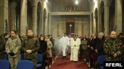 Mesha e Krishtlindjeve në Katedralen Nëna Terezë