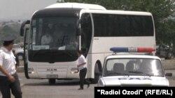 Ташкент - Ходжент бағыты бойынша автобус жүріп барады. 15 мамыр, 2018 жыл