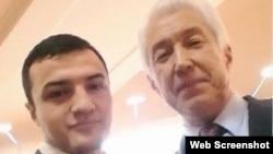 Не удержался от демонстрации своей близости к телу и юный Джалал Курбанов