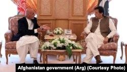 افغان ولسمشر اشرف غني او د پاکستان صدراعظم عمران خان