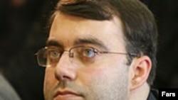 کاوه اشتهاردی، مدیرعامل مؤسسه ایران و مدیر مسئول روزنامه دولتی ایران