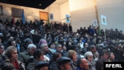 Delegates at the opposition congress in the Kyrgyz capital