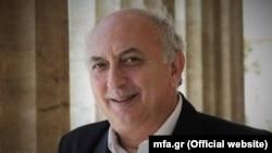 Грчкиот заменик министер за надворешни работи, Јанис Аманатидис