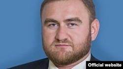 Рауф Арашуков (фото с сайта Совета Федерации)