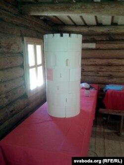 Зроблены на 3-D прынтэры фрагмэнт Камянецкай вежы