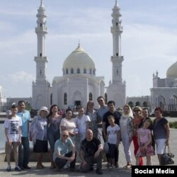 Европа татарлары Болгар белән таныша