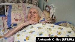 85-летняя Галина Александрова не хочет уезжать из Великого Новгорода