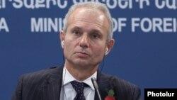 Ұлыбританияның Еуропа істері бойынша министрі Дэвид Лидингтон.