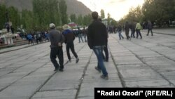 Tajikistan - protesters in the center of Khorugh, Badakhshan