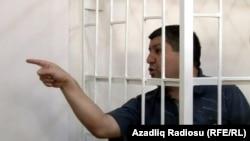 Аваз Зейналлы на суде, 3 октября 2012