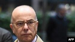 Глава МВД Франции Бернар Казенев
