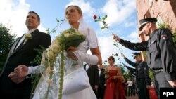 Не исключено, что толерантность к супружеской неверности жители Германии проявляют в основном из-за страха перед изнурительной процедурой развода