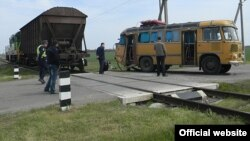 ДТП на залізничному переїзді в Херсонській області, 26 квітня 2015 року