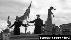 Május 1-i ünnepség a Hősök terén 1947-ben