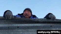 Спирт зауытының темір ұстасы Мұратбек Жахин. Айдабол ауылы Ақмола облысы, 25 ақпан 2021 жыл.