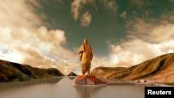 Statuja më e lartë në botë që do të ndërtohet në Indi.
