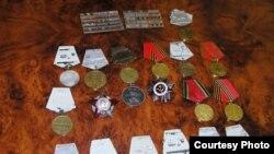 Ордена и медали Второй мировой войны.