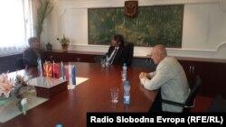 Амбасадорот на Хрватска во Македонија, Златко Камариќ, се сретна со градоначалникот на Струга Зиадин Села.