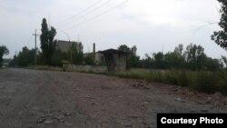 Фото автора: «відремонтована» породою з терикону дорога на шахту Кисельова