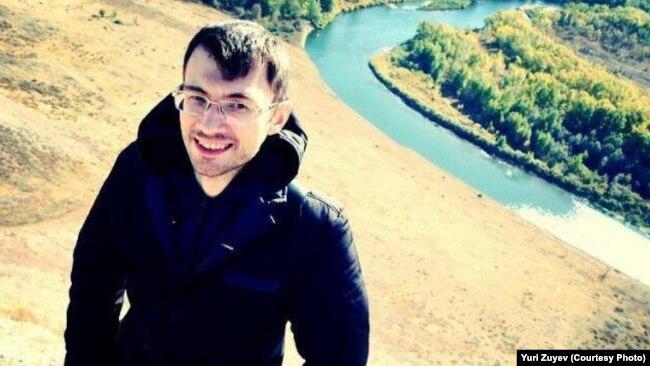 YUriy Zuev