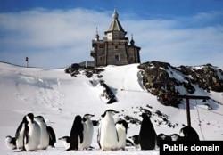 Храм Святой Троицы на острове Ватерлоо в Антарктике