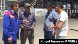 """""""Мо-25 мостоотряд"""" компаниясының жұмысшылары. Алматы, 16 шілде 2019 жыл."""