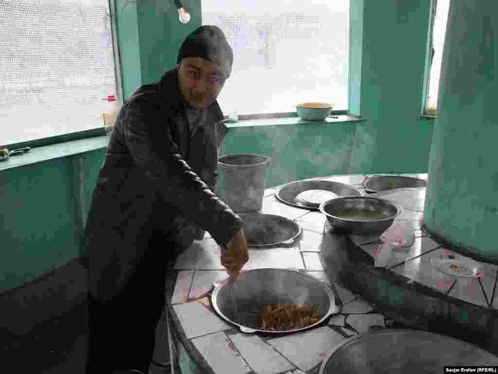 Плов в исполнении местных поваров известен далеко за пределами Уч-Коргона