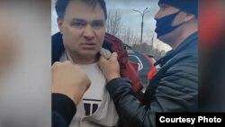 Скриншот с видео задержания Геннадий Трубина