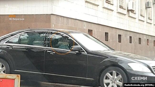 В одному з авто, які виїжджали з подвір'я МВС, журналісти помітили Юлію Тимошенко