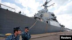 Distrugătorul american Donald Cook, în portul de la Constanța