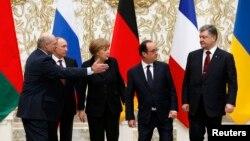 Зустріч у «нормандському форматі» в Мінську. Гостей приймав президент Білорусі Олександр Лукашенко. 11 лютого 2015 року