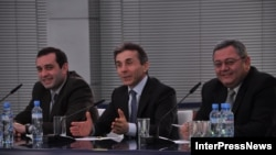 Как говорит Бердзенишвили, после того как бизнесмен создаст партию, коалиция намерена начать переговоры с другими политическими силами и общественными организациями о создании избирательного блока