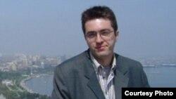 28 yaşlı azərbaycanlı professor Vahid Carusi