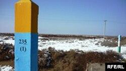 Қазақ-өзбек шекарасында. Сарыағаш ауданы, Оңтүстік Қазақстан облысы.