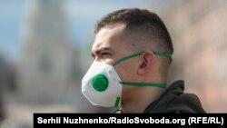 12 березня в Україні розпочавсякарантинчерез загрозу епідемії коронавірусної інфекції