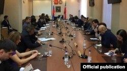 На встрече предпринимателей-клиентов Татфондбанка с министром экономики республики Артемом Здуновым