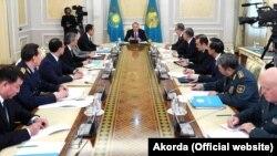 Президент Казахстана Нурсултан Назарбаев проводит заседание Совета безопасности. Астана, 23 января 2018 года.