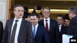 Makedonski političari nakon razgovora sa evropskim zvaničnicima, Skoplje, 1.mart 2013.