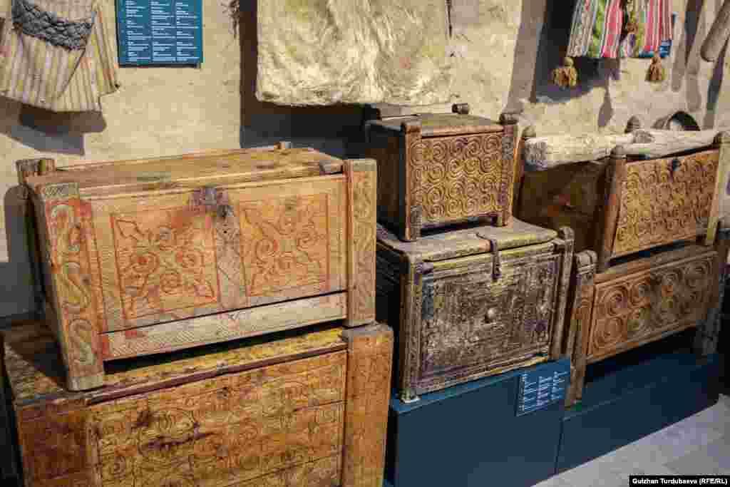 Музейдеги экспонаттар 12 жыл аралыгында чогултулган.